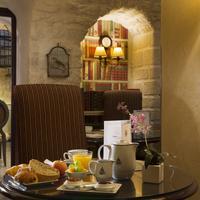 Hôtel Des Grands Hommes Breakfast Area