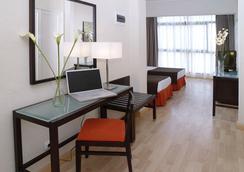 Hotel Pelinor - 산타크루스데테네리페 - 침실