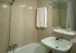 Hotel Pelinor - 산타크루스데테네리페 - 욕실