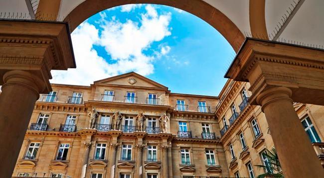 스타이건베르거 호텔 디 작스 - 프랑크푸르트 - 건물