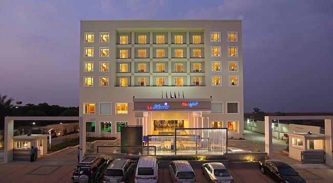 라 클래식 호텔 - 벵갈루루 - 건물