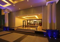 라 클래식 호텔 - 벵갈루루 - 로비