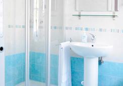 B&B Trieste Plus - 트리에스테 - 욕실
