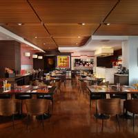 사톤 비스타 방콕 - 메리어트 이그제큐티브 아파트먼트 Restaurant