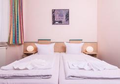 호텔-펜션 오딘 - 베를린 - 침실