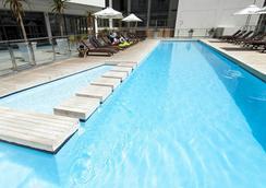 Mandela Rhodes Place Hotel - 케이프타운 - 수영장