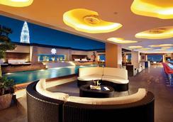 퍼시픽 리젠시 호텔 스위트 - 쿠알라룸푸르 - 수영장