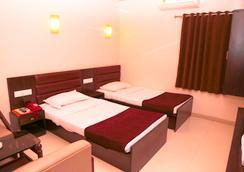 호텔 골든 플라자 - 아마다바드 - 침실
