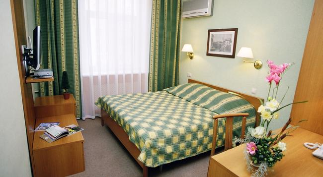 Equator Hotel - 사마라 - 침실