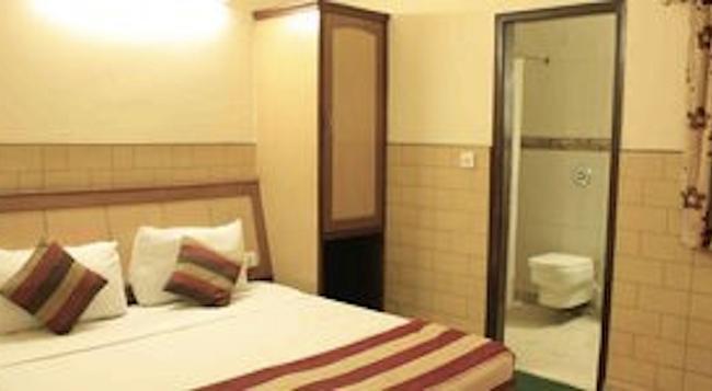 호텔 SPB 87 - 뉴델리 - 침실