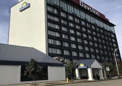Days Inn Niagara at the Falls - 나이아가라폴스 - 건물