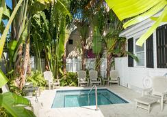Key West Hospitality Inns - 키웨스트 - 수영장