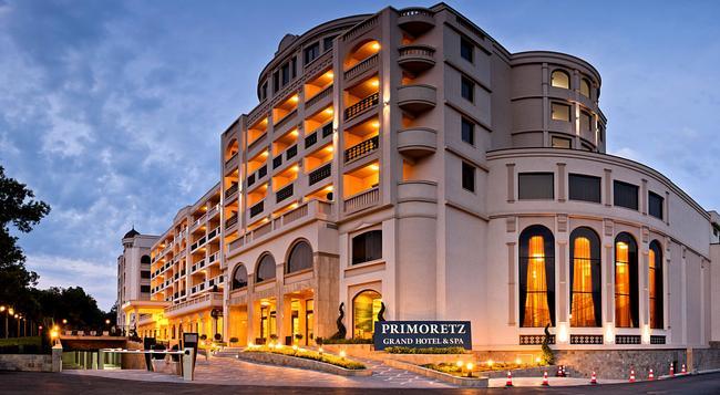 그랜드 호텔 앤 스파 프리모레츠 - Burgas - 건물
