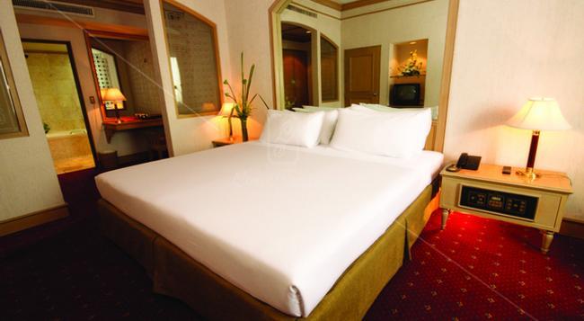 루이스 태번 호텔 - 방콕 - 침실