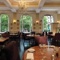 벌링톤 호텔 Restaurant