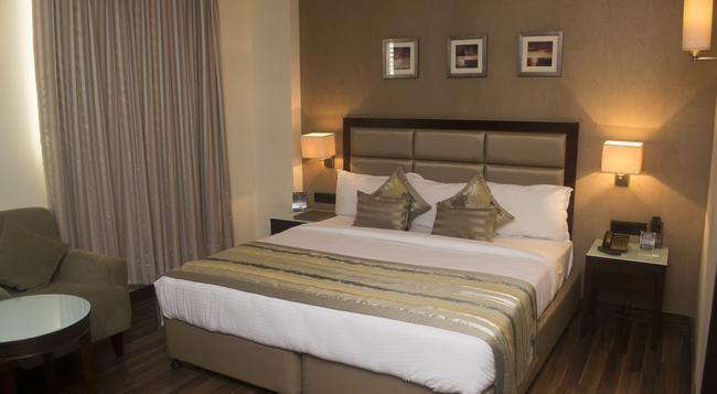 호텔 크리오스 - 아마다바드 - 침실