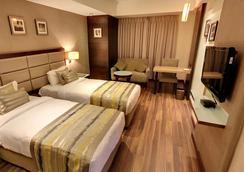 호텔 크리오스 - 아마다바드 - 욕실