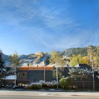 Molly Gibson Lodge Exterior