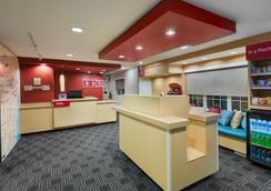 TownePlace Suites by Marriott Albany University Area - 올버니 - 로비