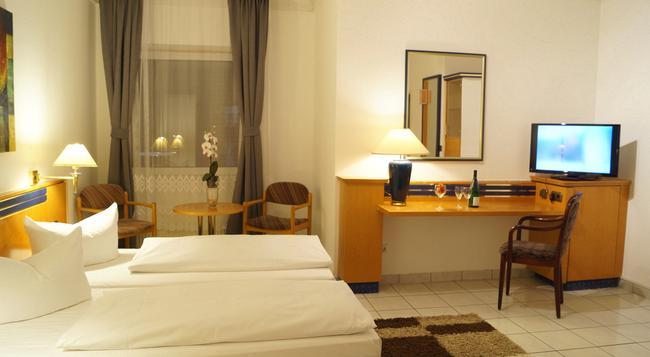 호텔 라흘스테터 호프 - 함부르크 - 침실