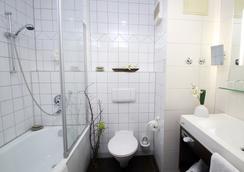 에콘텔 호텔 뮌헨 - 뮌헨 - 욕실
