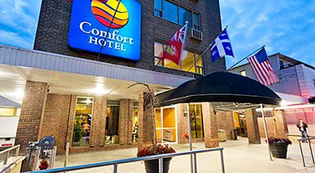 컴포트 호텔 다운타운 토론토 - 토론토 - 건물