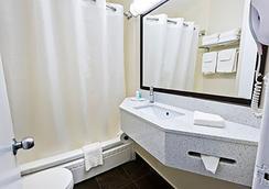 컴포트 호텔 다운타운 토론토 - 토론토 - 욕실