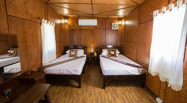 라차 허브 가든 홈스테이 - 치앙마이 - 침실