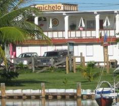 Michelo Suites