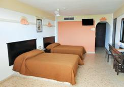 Hotel Playa Bonita - 마사틀란 - 침실