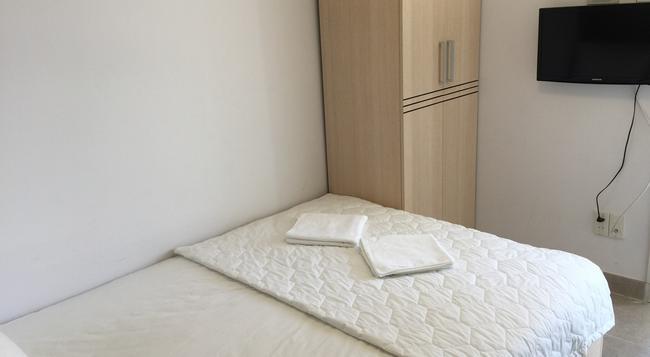 캘럭시 캡슐 호텔 - 호치민 - 침실
