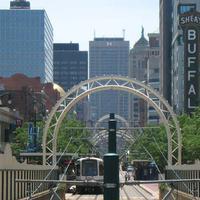 Courtyard Buffalo Downtown / Canalside