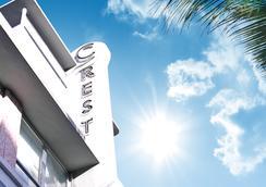 크레스트 호텔 스위트 - 마이애미비치 - 건물