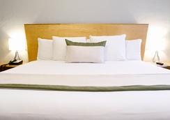 크레스트 호텔 스위트 - 마이애미비치 - 침실