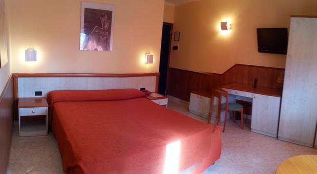 호텔 로렌스 - 로마 - 침실