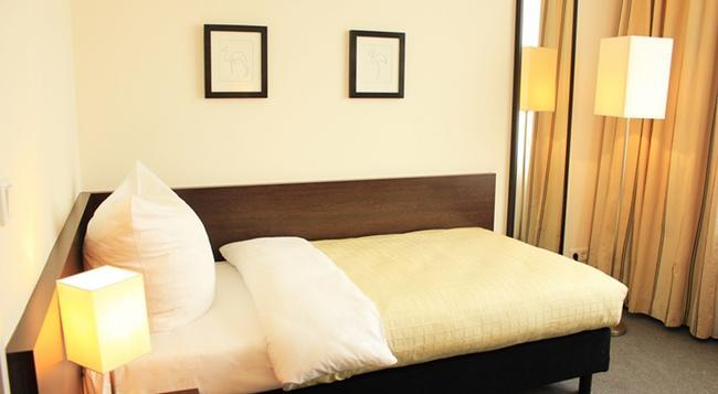 호텔 뤼초브 - 베를린 - 침실