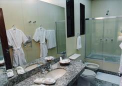 Liberty Palace Hotel - 벨루오리존치 - 욕실