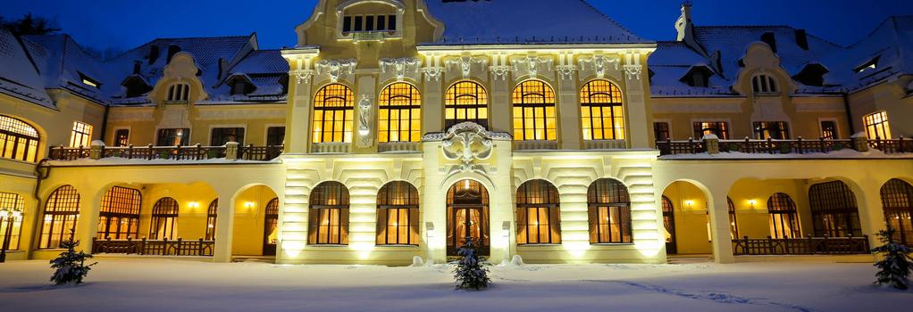 Rübezahl-Marienbad Schloss Wellness Hotel - Marianske Lazne - 건물