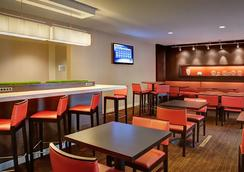 Courtyard by Marriott Dallas DFW Airport South/Irving - 어빙 - 레스토랑
