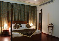 호텔 더 나그푸르 아쇽 - 나그푸르 - 침실