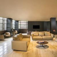 Berd's Design Hotel Lobby Sitting Area