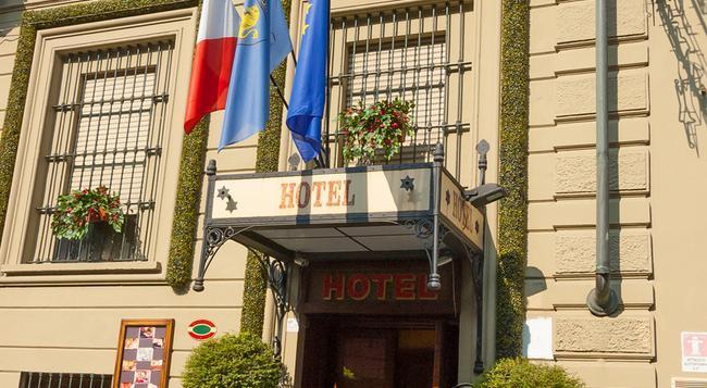 Hotel Giulio Cesare - 토리노 - 건물
