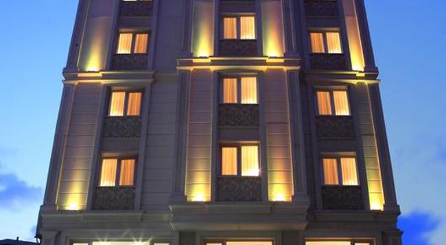 호텔 칼튼 - 이스탄불 - 건물