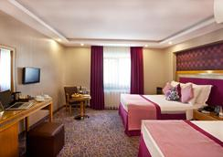 호텔 칼튼 - 이스탄불 - 침실