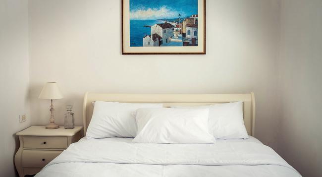 센트럴 호텔 - 텔아비브 - 침실