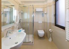 Hotel Maja - 페스카라 - 욕실