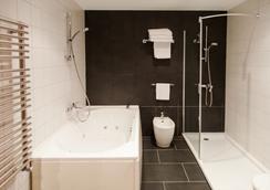 호텔 아베니다 - 라코루냐 - 욕실