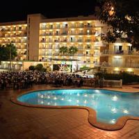 클럽 팔마 베이 리조트 Hotel Front - Evening/Night