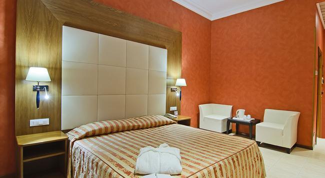 지오베르티 호텔 - 로마 - 침실
