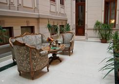 Hotel Casa Capsa - 부쿠레슈티 - 로비